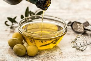 Olive oil; image from pixabay